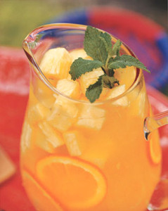Tropical Mango Green Tea Sangria